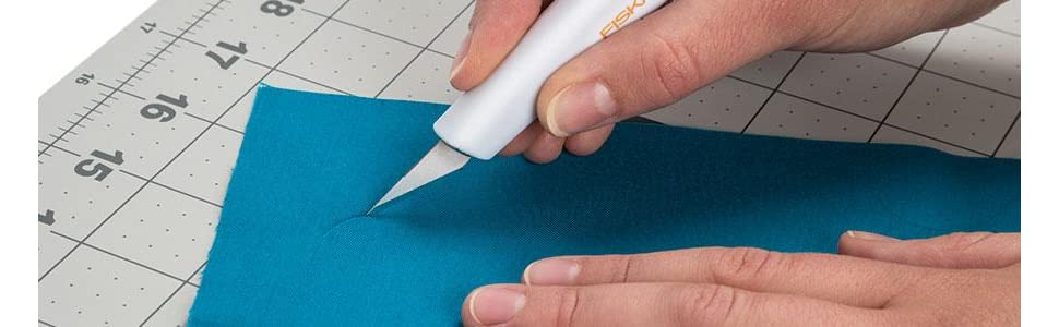 Fiskars Easy Change Fabric Knife (3 blades)