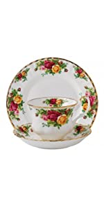 OLD COUNTRY ROSES 3-PIECE SET (TEACUP, SAUCER & PLATE)