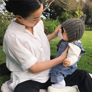 MUM MOTHER PASSENGER WEAR CLOTHING SLOW FASHION