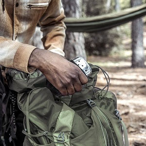 zippo, zippo hand warmers, reusable hand warmers, hand warmer reusable, hunting gear, handwarmers