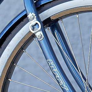 cruiser bike, huffy bike , panama jack bike, 26 inch bike, bike with basket , wicker basket , beach