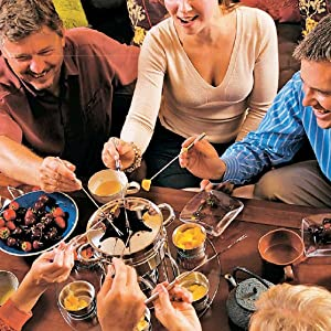 FUN WITH FRIENDS: CASUAL MEALS FOR FOUR TO SIX