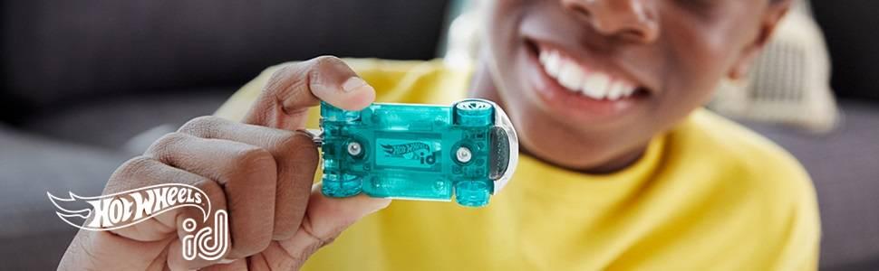 jouet pour enfant FXB28 identification unique /échelle 1//64 Hot Wheels id/voiture Batmobile 1989 avec puce/NFC int/égr/ée 8 ans et plus