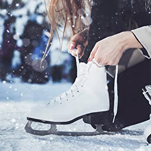 How to pick the right size ice skates for kids