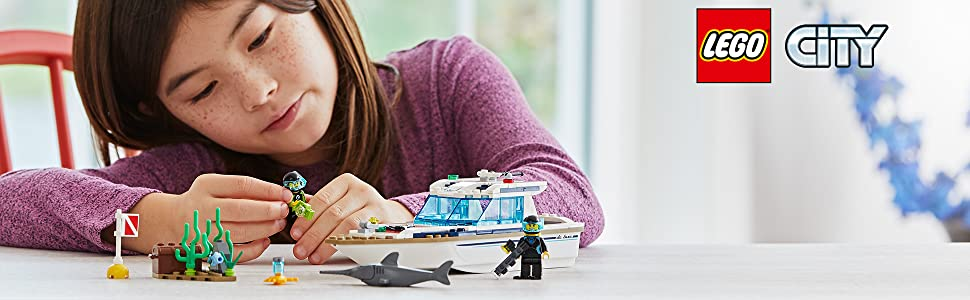 boat-yacht-ship-dolphin-scuba-diver-coral-reef-beach-ocean-buoy-diving-sea-lego