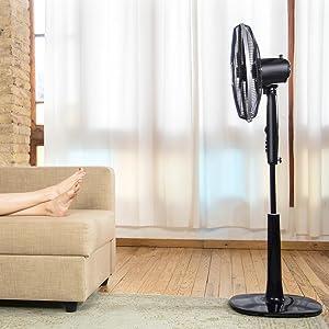 10 aspas que proporcionan un extraordinario caudal de aire fresco