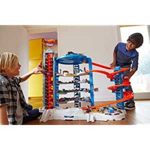 hot wheels the super ultimate garage toys games. Black Bedroom Furniture Sets. Home Design Ideas