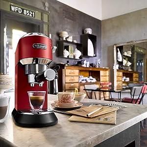 pump coffee machines Delonghi