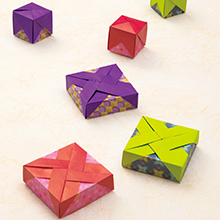 立方体の箱と浅い箱