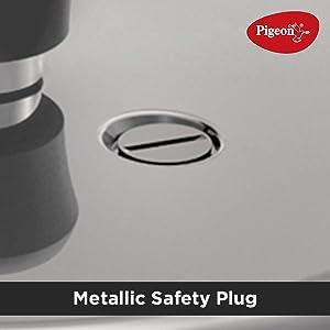 Metallic safety plug