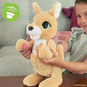 furreal; pet; toy; mama josie the kangaroo; interactive; fureal; furreal; furreal friends; Christmas