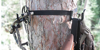 Treestand hunting gear hanger