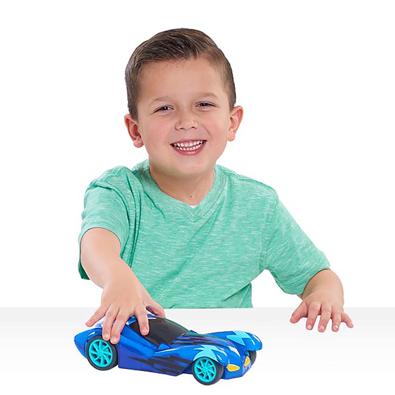 Amazon.com: PJ Masks Light Up Racers - Cat-Car: Toys & Games