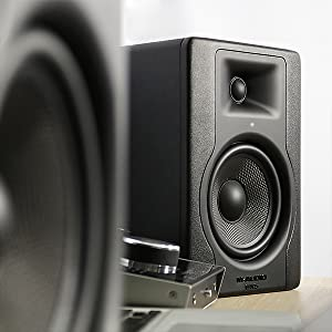 m audio bx5 d3 powered studio monitor with 5 woofer for music production. Black Bedroom Furniture Sets. Home Design Ideas