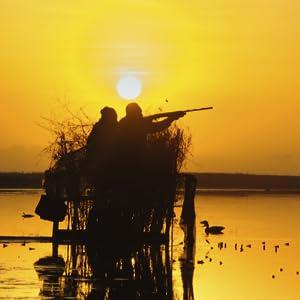 2 people hunting