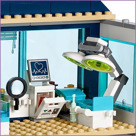 Amazon Com Lego Friends Heartlake Hospital 41318 Building