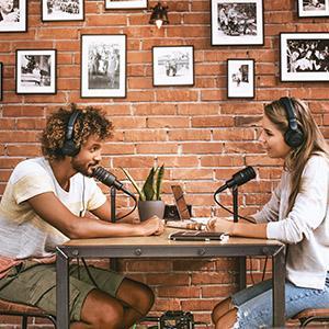 earphones, headphones, on ear headphones, studio headphones, over ear headphones, dj headphones
