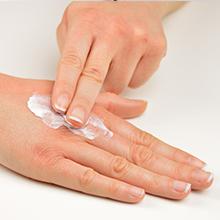 Offers deep moisturization