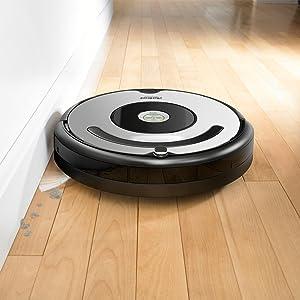 nettoyer les coins contre les murs aspirateur robot irobot roomba