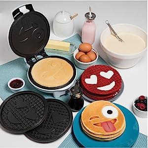 Waffle Waffler Iron Maker Pan Griddle Pancake Breakfast Emoji Kitchen Cooking Teens Kids