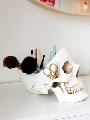 skull tidy make up and cosmetics holder