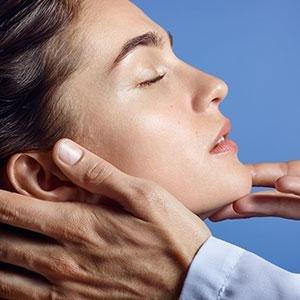 anthelios sunscreen face sunscreen body sunscreen sunscreen milk melt in sunscreen milk sunscreen