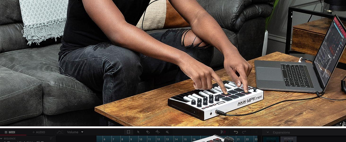 AKAI Professional MPK Mini MK3 White - Teclado Controlador MIDI USB de 25 Teclas con 8 Drum Pads, 8 Perillas y Software de Producción Musical ...