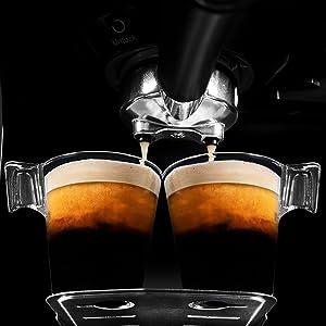 cafea;  cafea macinata;  aparat de cafea brat;  espressor automat;  cafea espresso saeco