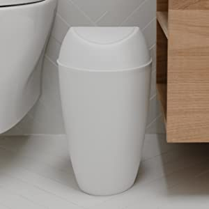trash can, trash can with lid, small trash can, trash can bathroom, trash can bathroom small