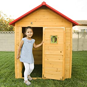 a healthy and fun outdoor play environment for your kids