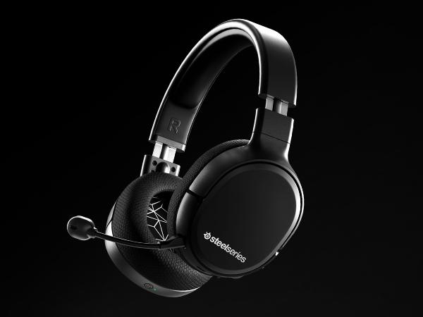 - Arctis 1 Wireless headset