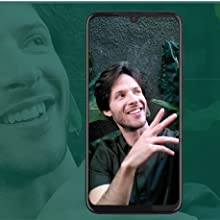 25 MP Selfie - look your best in any light