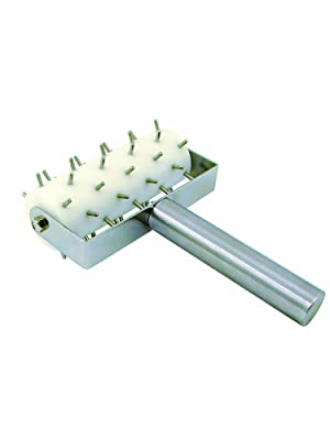 Roller docker for pizza dough with stainless steel handle and pins