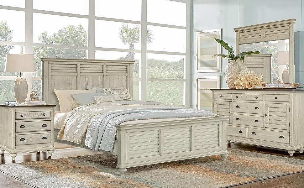 shutterwood,shutter,light wood bedroom,beach bedroom,coastal bedroom,nantucket,cape cod,dark light