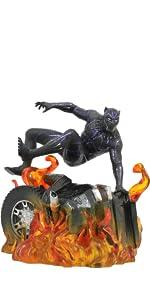 Pantera negra, maravilla, estatua