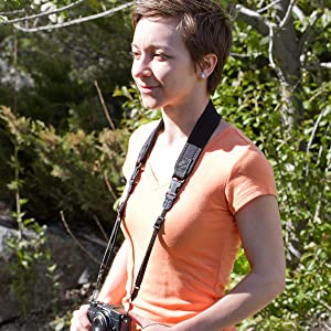 The Mirrorless Strap offers two strong quick disconnects. It's an ideal replacement camera strap