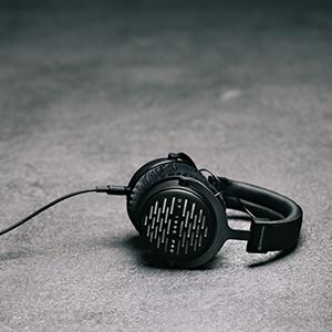 headphones, beyer, beyerdynamic, dt770, dt 770 pro, dt880, dt990, dt 990 pro, studio headphones