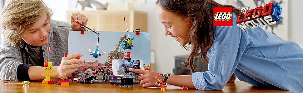 maker-stage-camera-action-props-device-frame-animate-back-drop-scenes-platform-lego-movie-2