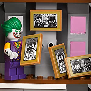 fbdc293c58b0 Amazon.com  LEGO BATMAN MOVIE DC The Joker Manor 70922 Building Kit ...
