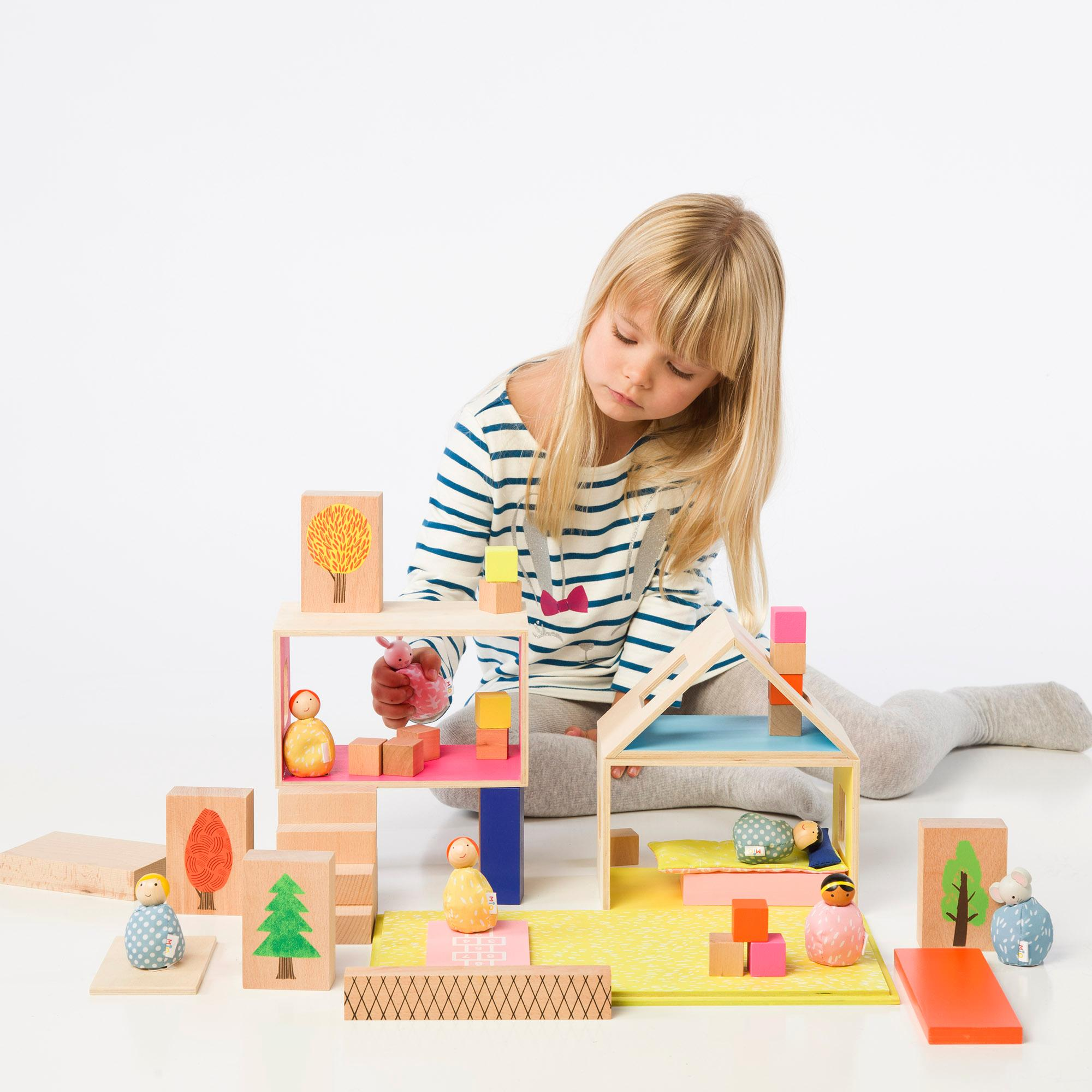 Amazon MiO Wooden Bean Bag People Peg Doll Toys Blue & Pink