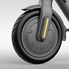 Xiaomi Mi Electric Scooter 1s De Faltbarer E Scooter Mit Strassenzulassung Appanbindung Aus Luftfahrtaluminium Max Geschwindigkeit 20km H Bis Zu 30km Reichweite Max Belastung 100kg Led Anzeige Amazon De Sport Freizeit