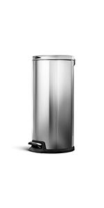 30 liter trash can