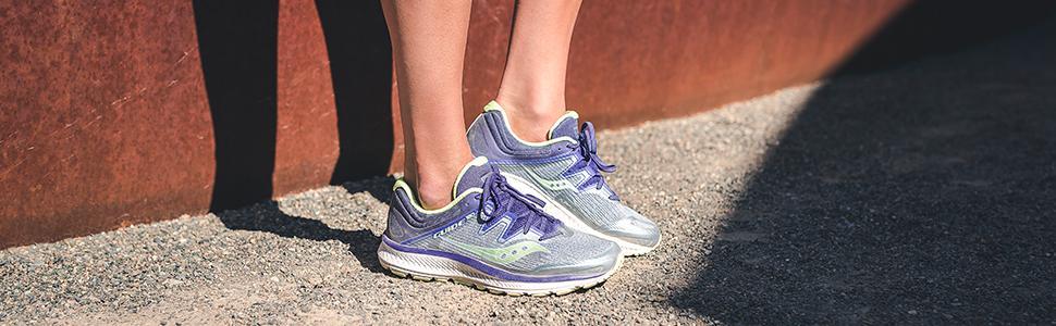 b05c3884db6ac Amazon.com   Saucony Women's Guide ISO Running Shoe   Road Running