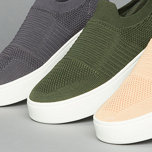 23124971d01 SNEAKERS  SNEAKS  SIMPLE  SLIP ON  BASIC  SIMPLE