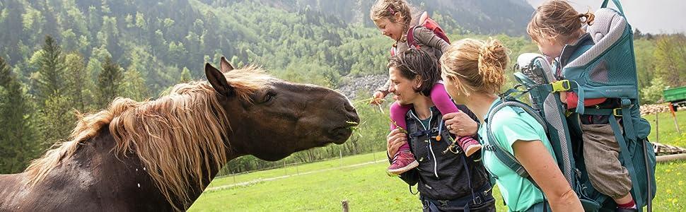 Tysk; bärande för barn; krax; bär; ryggstöd; bärsystem; barn; familj