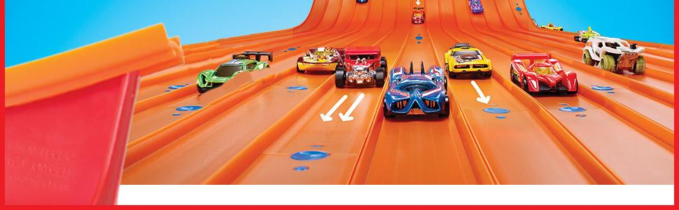 Hotwheels 900 dww95 track builder starter kit toys games for 9 salon de hot wheels