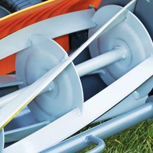 Amazon.com: Podadora de máxima bobina Fiskars de 18 ...