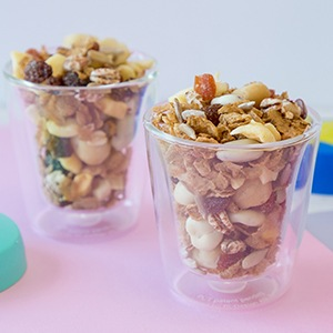 kellogg's just right trail mix in 2 cups