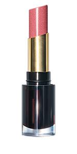 Experimenta la nueva forma de usar el color de labios mate, con un color rico y cómodo sin arrastrar.