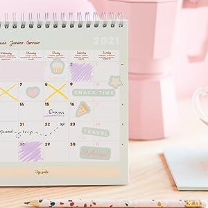 Calendario scrivania 2021; calendario da tavolo 2021; calendario gatti 2021; calendario erik 2021
